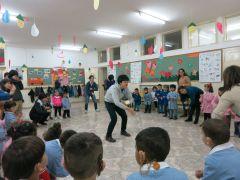 日本の学生のスタディー・ツアー(ベツレヘム:当法人が支援している聴覚障害児の学校でみんなで大いに楽しんだ。)