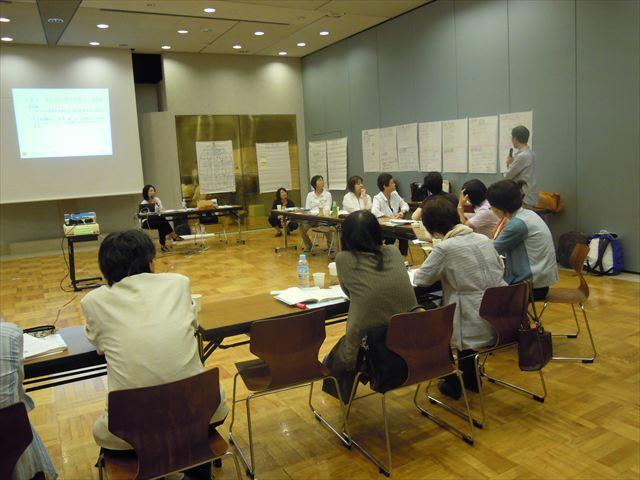 2013年7月に実施した支援者トレーニングの模様