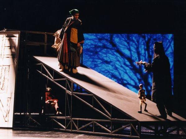 結城座提供写真 日仏国際共同制作「屏風」 日本の伝統芸能がヨーロッパ前衛演劇に挑んだ