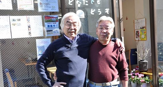 団体代表の加藤さん(左)と、「なんでも屋さん」担当スタッフの寺田さん。